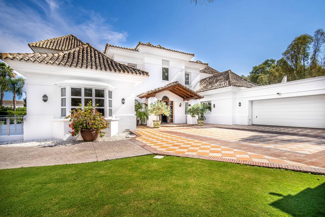 Luxury Villa Nueva Andalucia (6)
