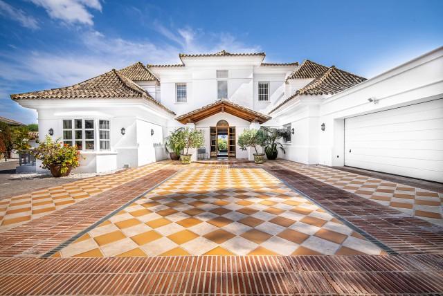 Villa for Rent - 17.500€/month - Nueva Andalucía, Costa del Sol - Ref: 5732