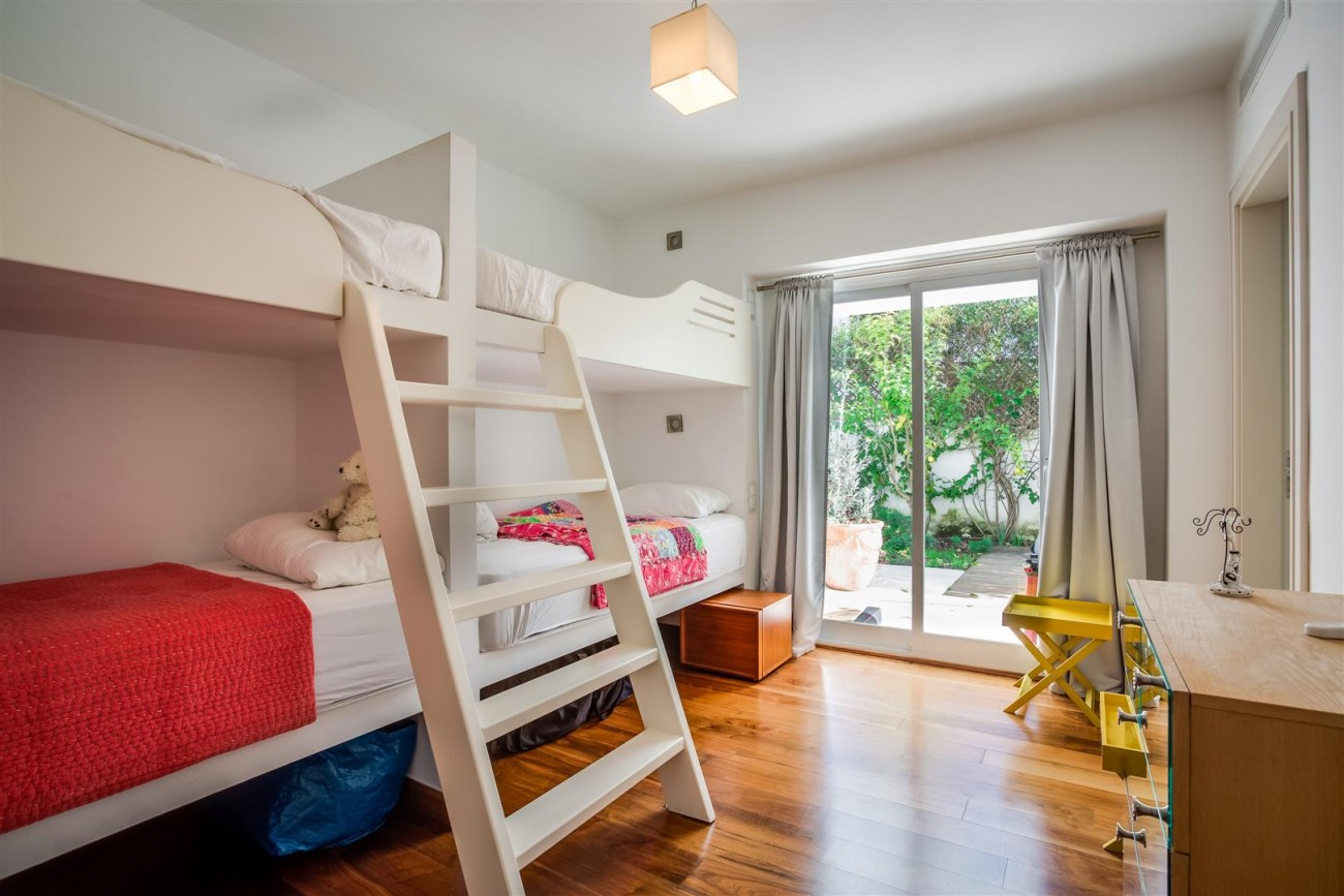 Modern Beachside Villa for sale Marbella Golden Mile Spain (3) (Large)