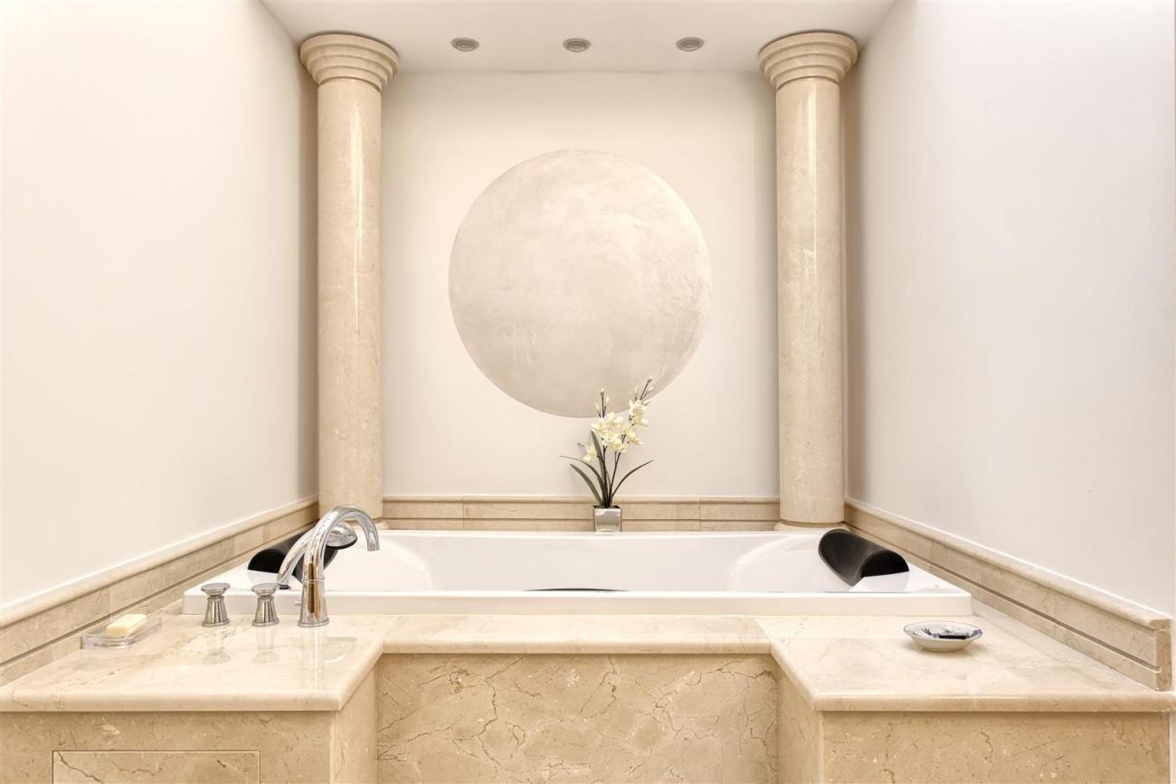 Frontline Beach Luxury Penthouse For Sale Estepona Spain (14)