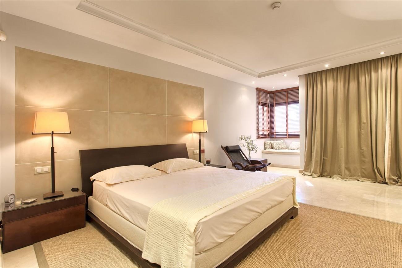 Frontline Beach Luxury Penthouse For Sale Estepona Spain (15)