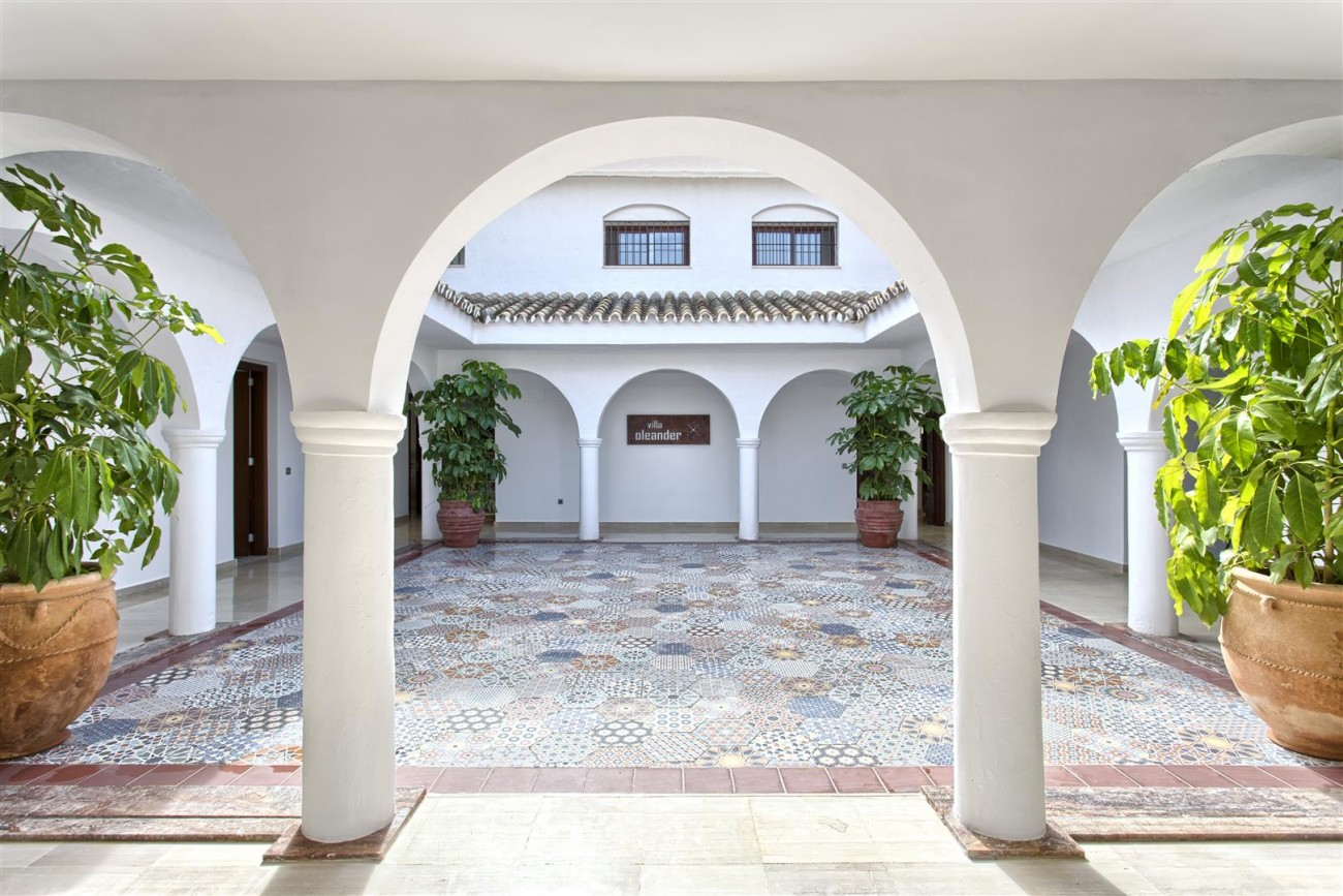 Luxury Villa for sale Nueva Andalucia Marbella Spain (3) (Large)