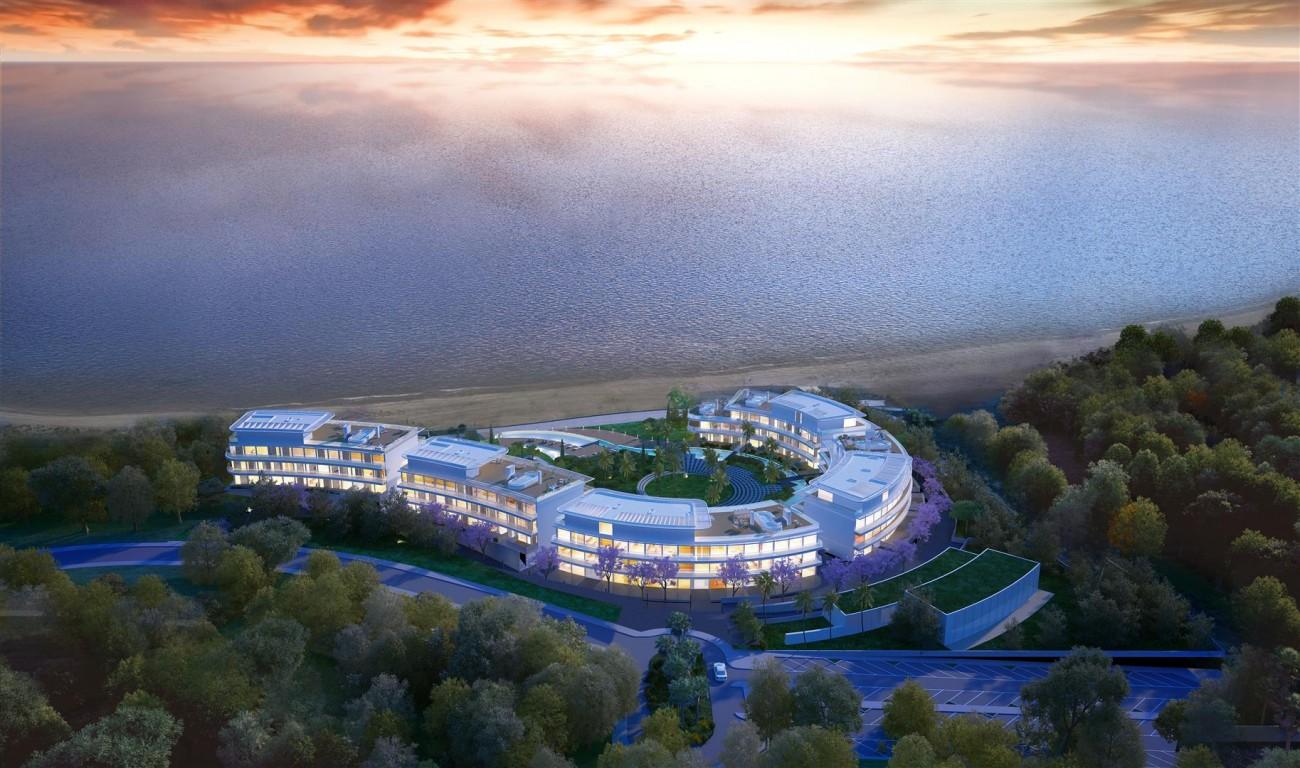 Luxury Contemporary Beachfront Apartments for sale Estepona Spain (5)