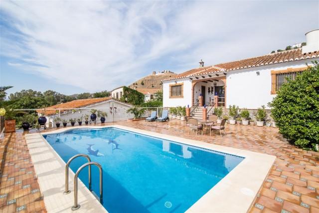 Villa for Sale - 900.000€ - Camino de Antequera, Costa del Sol - Ref: 5741