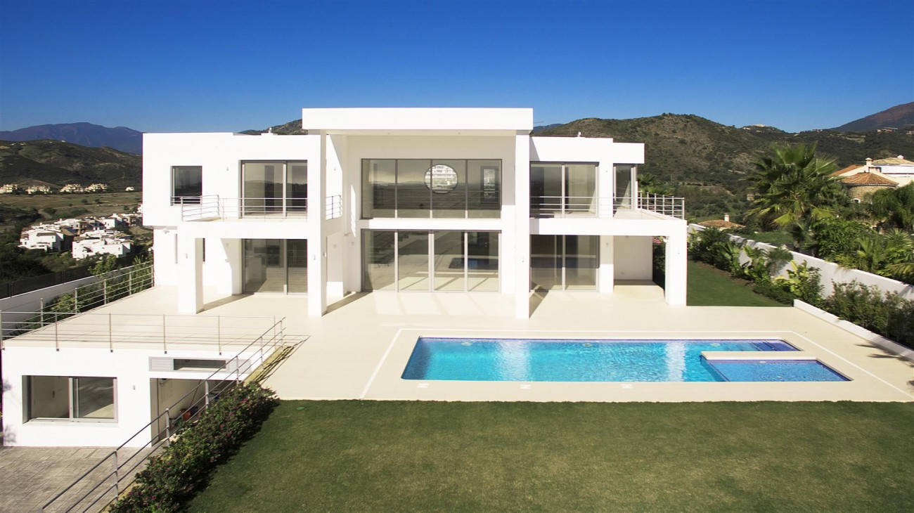 Beautiful Modern Contemporary Villa for sale Benahavis Spain (1) (Large)