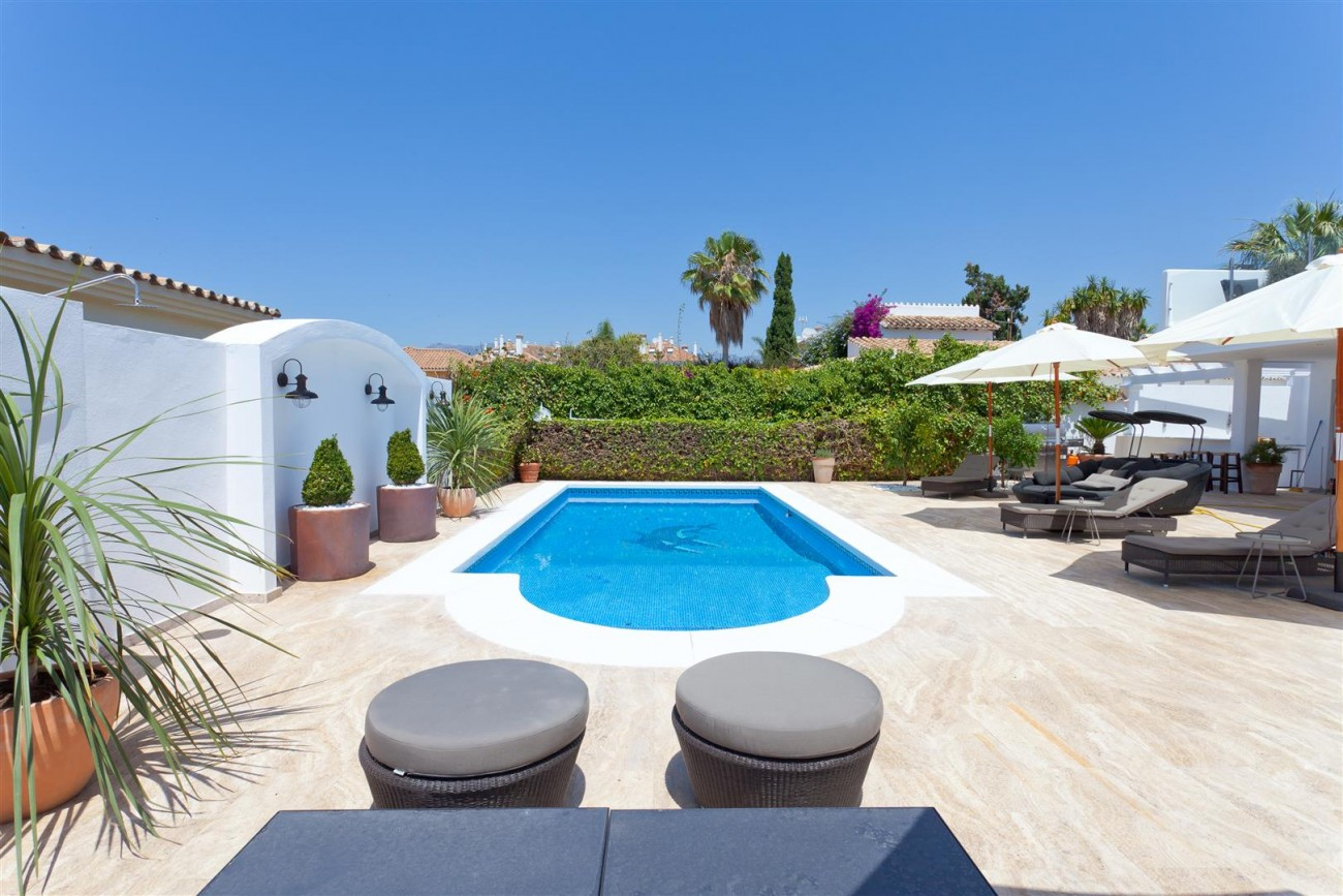 Luxury Villa for sale East Marbella Spain (1) (Large)
