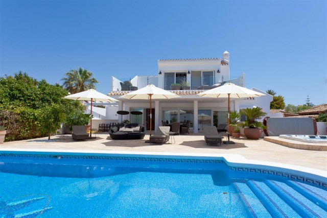 Villa for Rent - from 7.000€/week - Marbella East, Costa del Sol - Ref: 5746