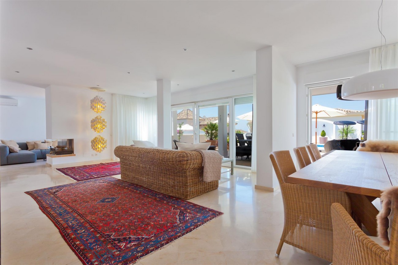Luxury Villa for sale East Marbella Spain (10) (Large)