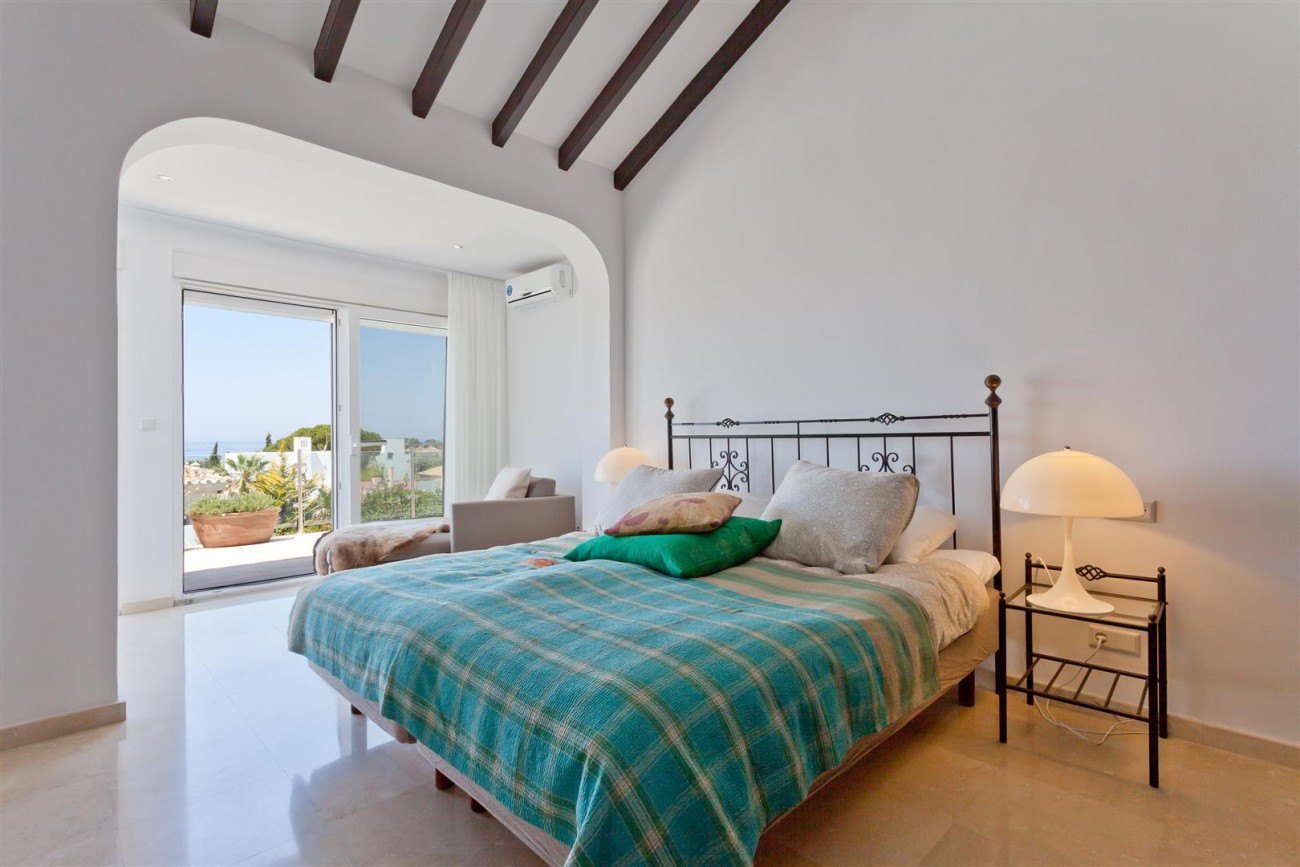 Luxury Villa for sale East Marbella Spain (16) (Large)