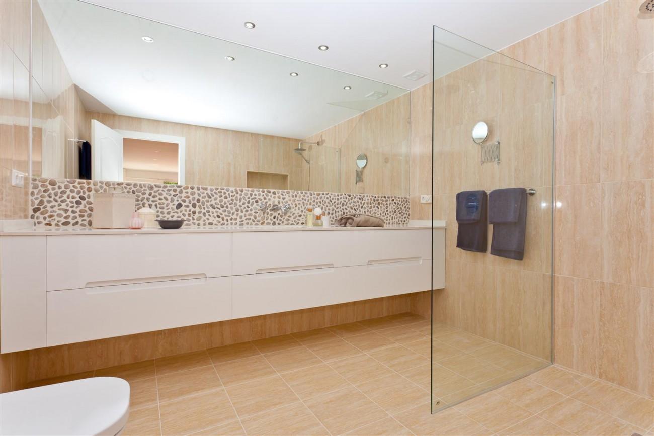 Luxury Villa for sale East Marbella Spain (26) (Large)