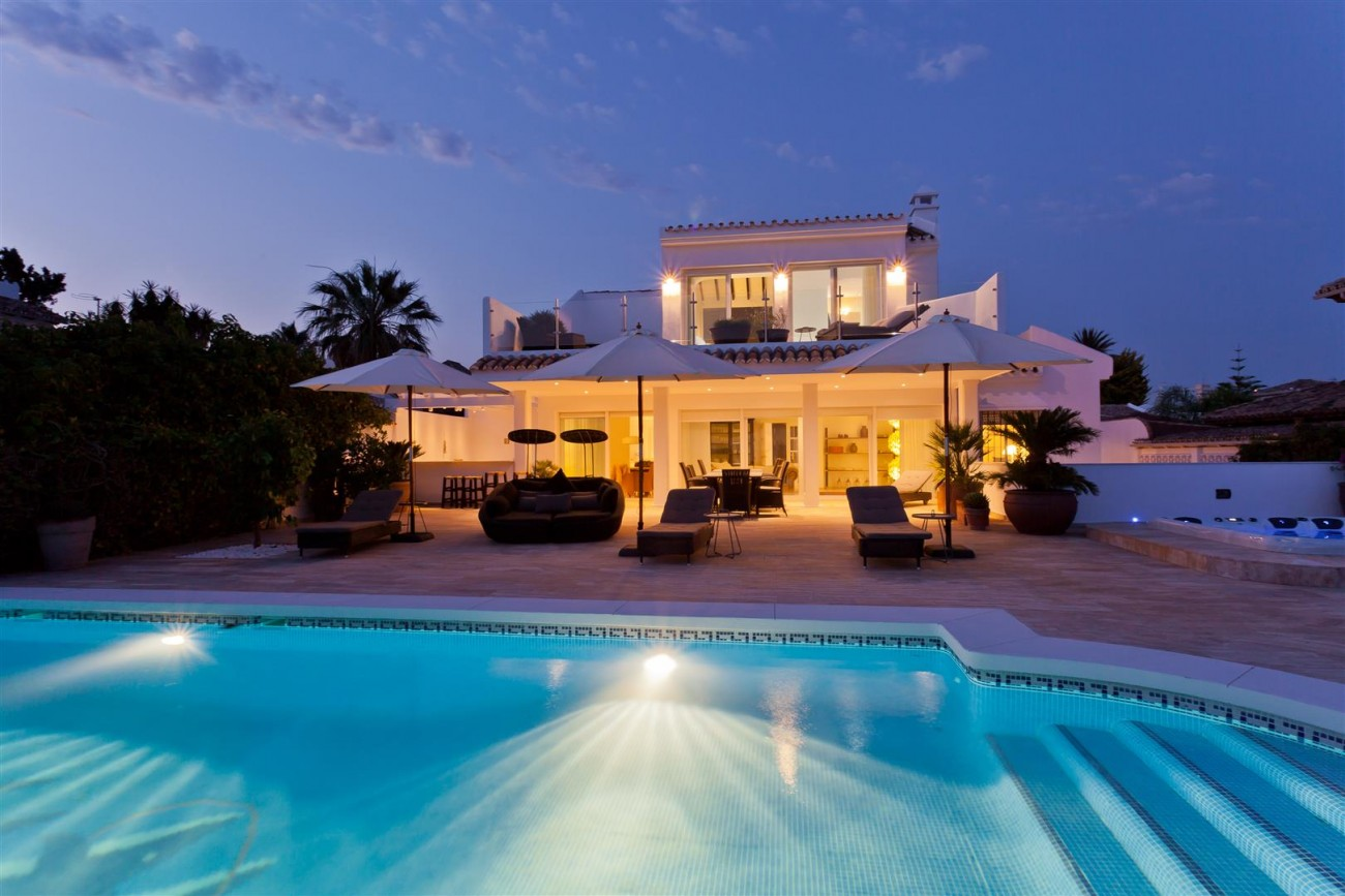 Luxury Villa for sale East Marbella Spain (34) (Large)