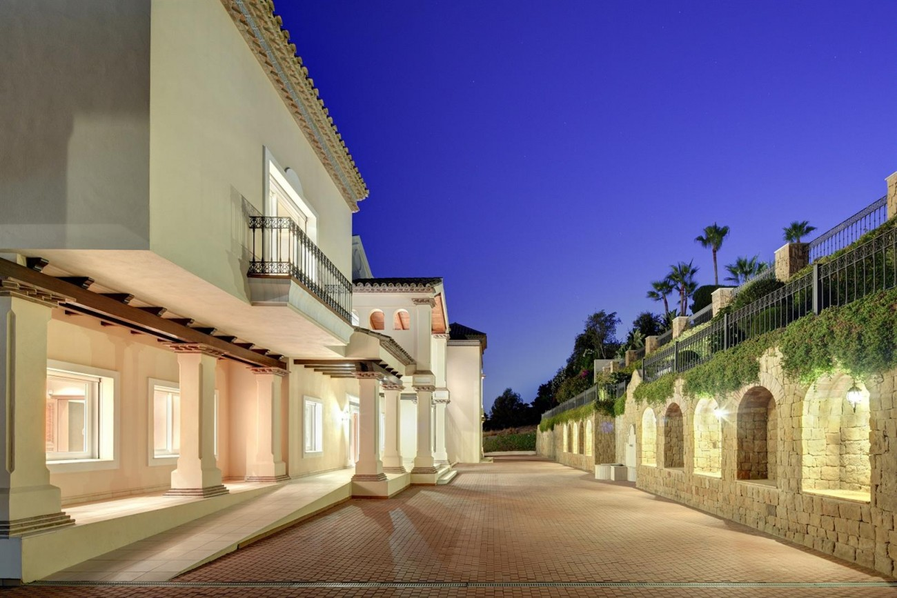 Luxury Mansion for sale Marbella Golden Mile Spain (20) (Large)