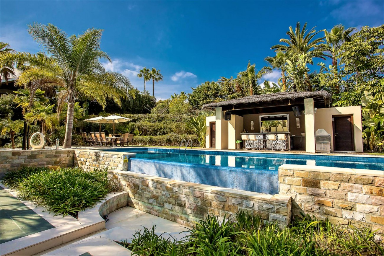 Luxury Mansion for sale Puerto Banus Marbella Spain (9) (Large)