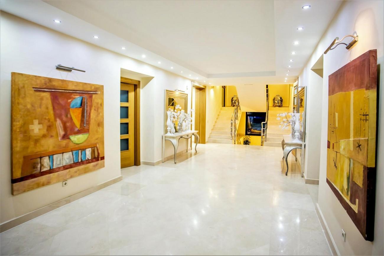 Luxury Mansion for sale Puerto Banus Marbella Spain (12) (Large)