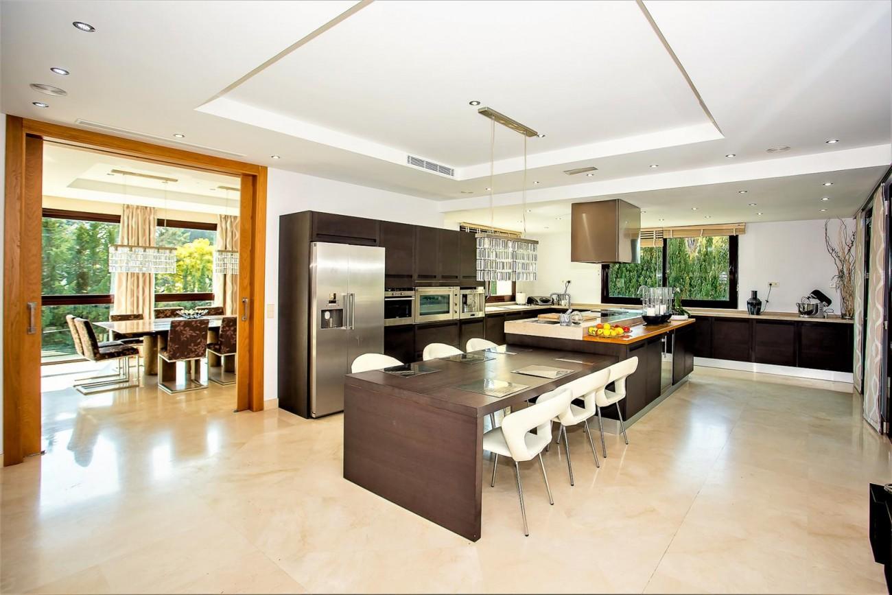 Luxury Mansion for sale Puerto Banus Marbella Spain (19) (Large)