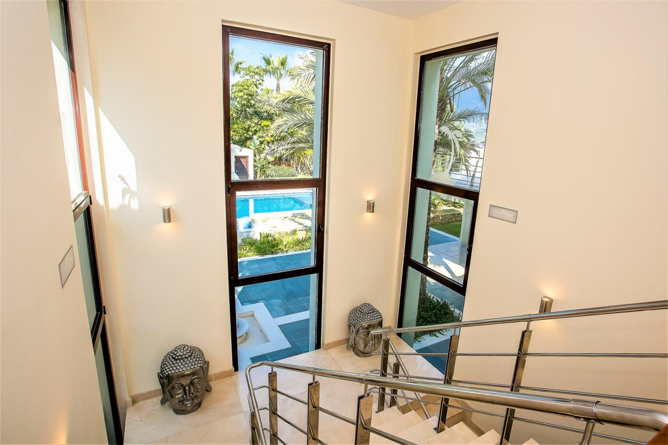 Luxury Mansion for sale Puerto Banus Marbella Spain (22) (Large)