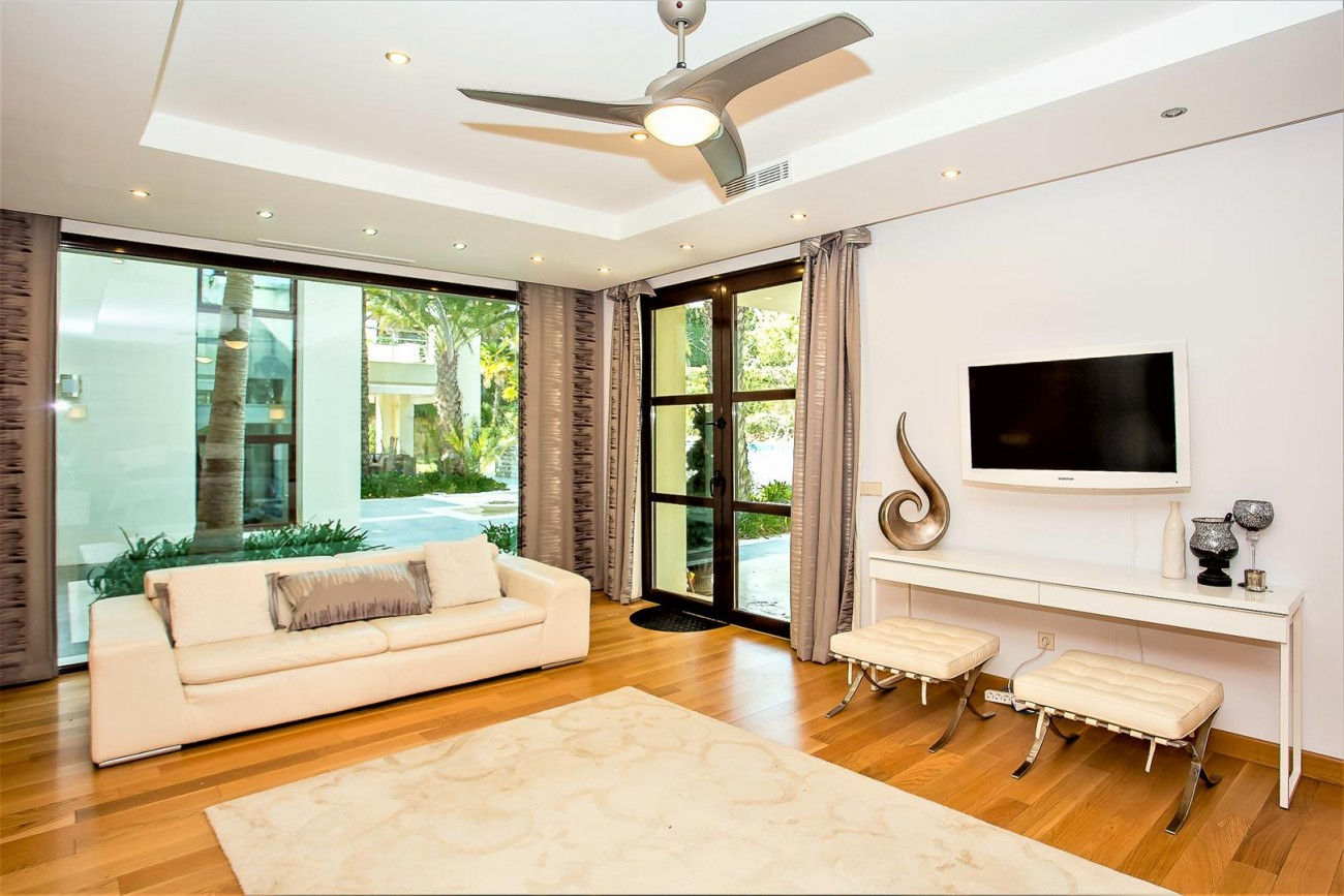 Luxury Mansion for sale Puerto Banus Marbella Spain (29) (Large)