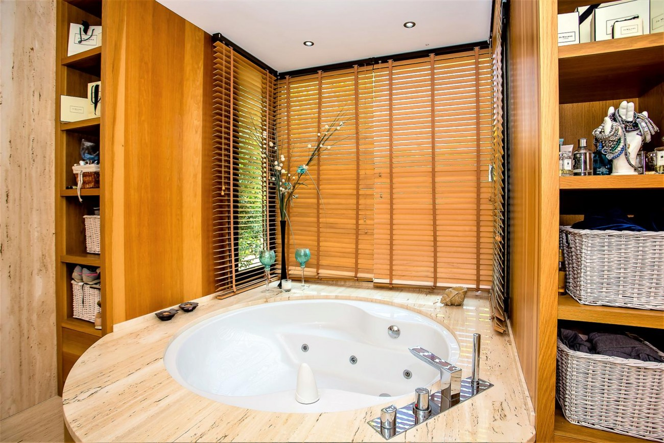 Luxury Mansion for sale Puerto Banus Marbella Spain (30) (Large)