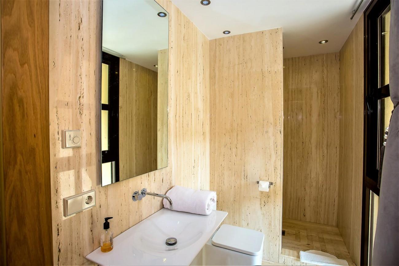 Luxury Mansion for sale Puerto Banus Marbella Spain (35) (Large)