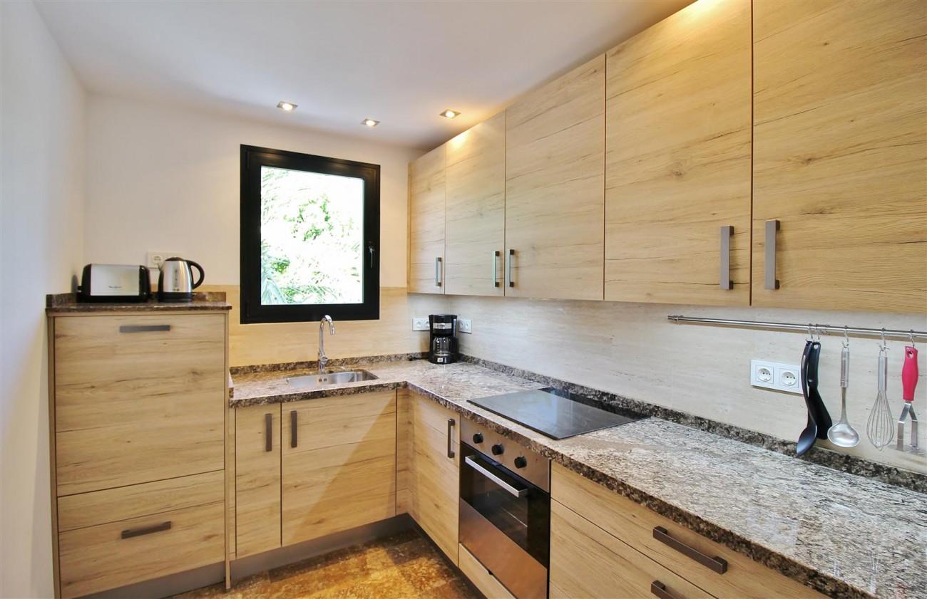 Elegant Apartment for rent Puerto Banus Marbella Spain (8) (Large)
