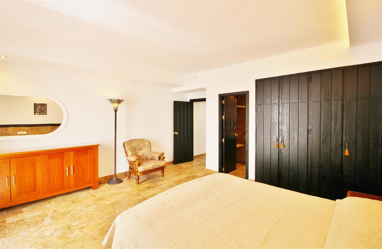 Elegant Apartment for rent Puerto Banus Marbella Spain (21) (Large)