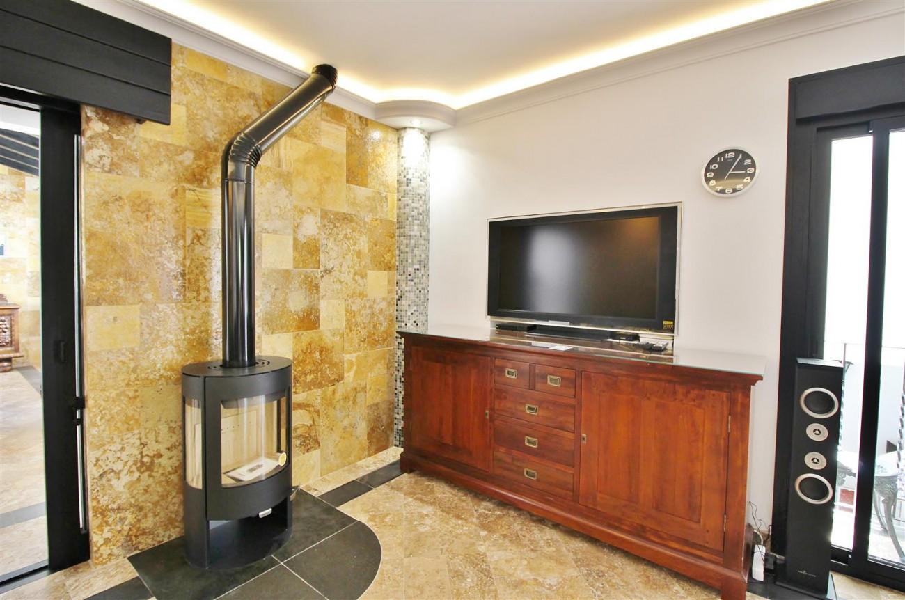 Elegant Apartment for rent Puerto Banus Marbella Spain (24) (Large)