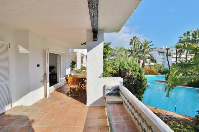 Apartment for Rent - 3.500€/week - Puente Romano, Costa del Sol - Ref: 5762