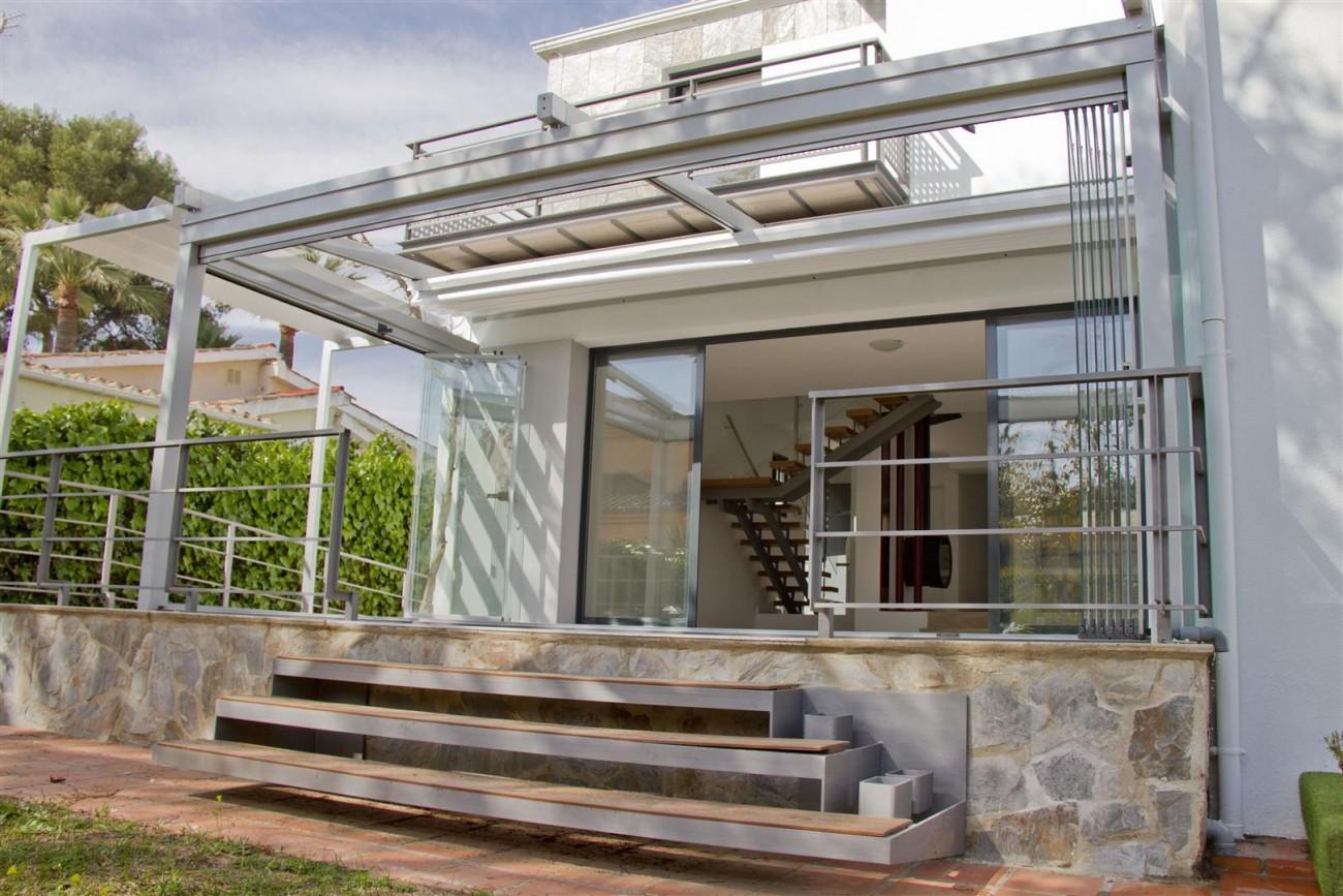 Modern Villa for sale Close to Puerto Banus Marbella Spain (16) (Large)