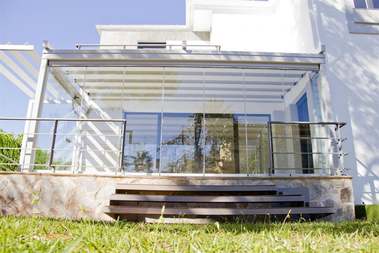 Modern Villa for sale Close to Puerto Banus Marbella Spain (26) (Large)
