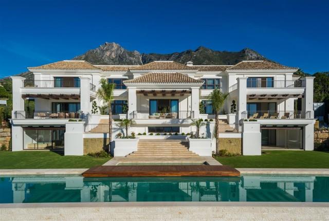 Villa for Sale - 15.900.000€ - Golden Mile, Costa del Sol - Ref: 5765