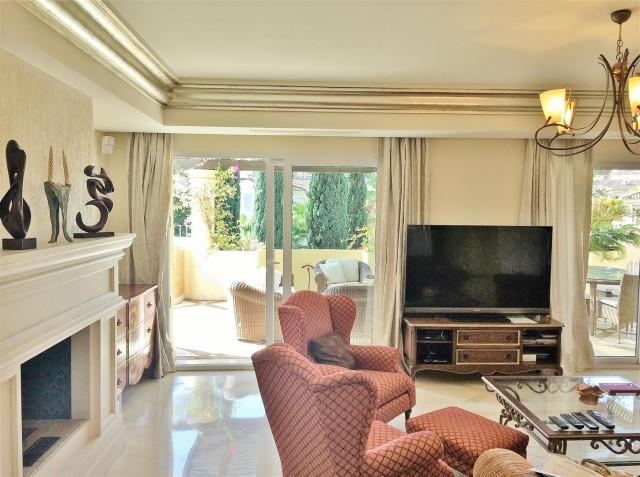 Penthouse for sale Las Alamandas Nueva Andalucia Marbella Spain (4) (Large)