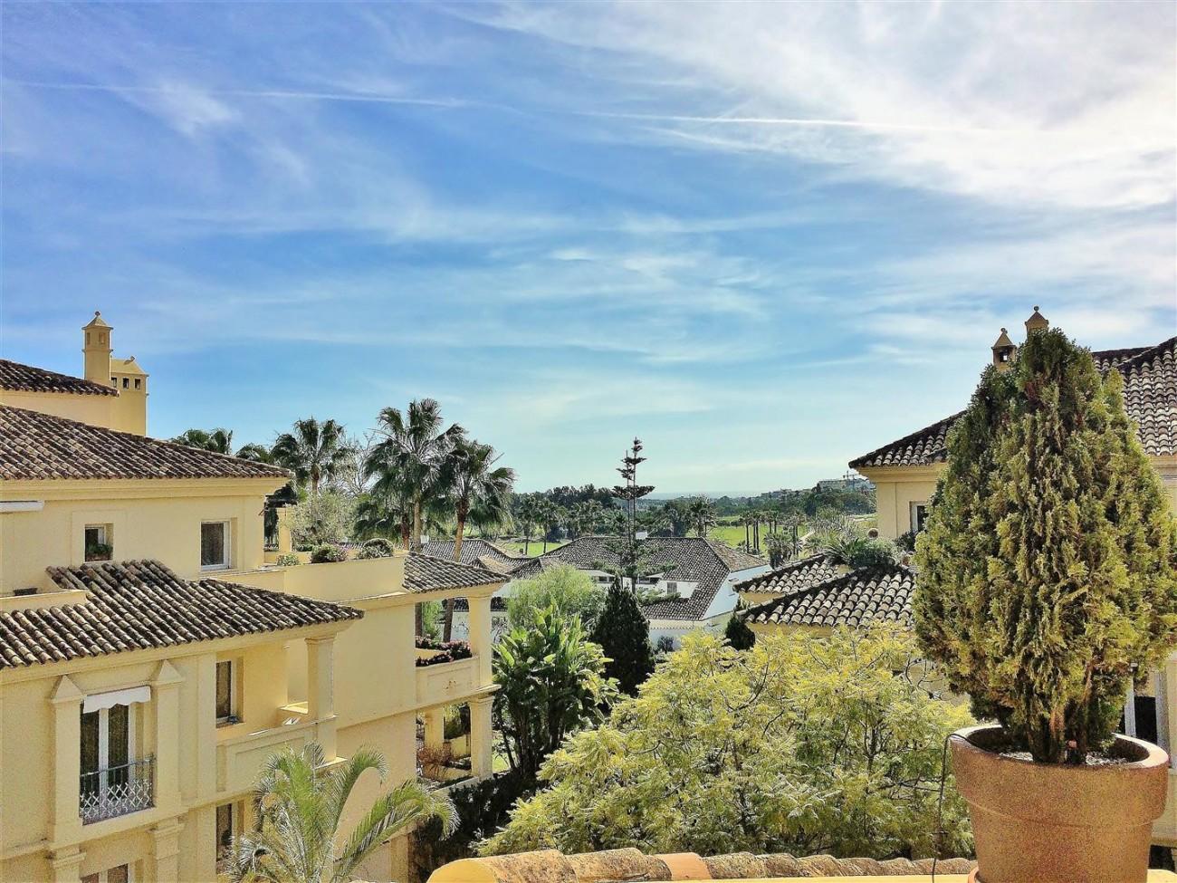 Penthouse for sale Las Alamandas Nueva Andalucia Marbella Spain (16) (Large)