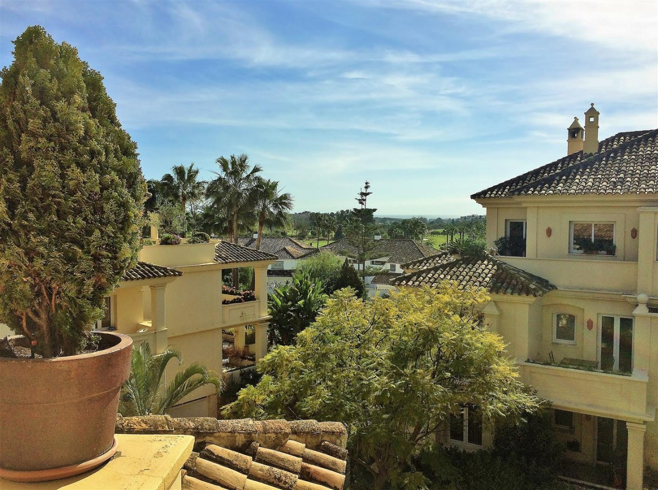 Penthouse for sale Las Alamandas Nueva Andalucia Marbella Spain (18) (Large)