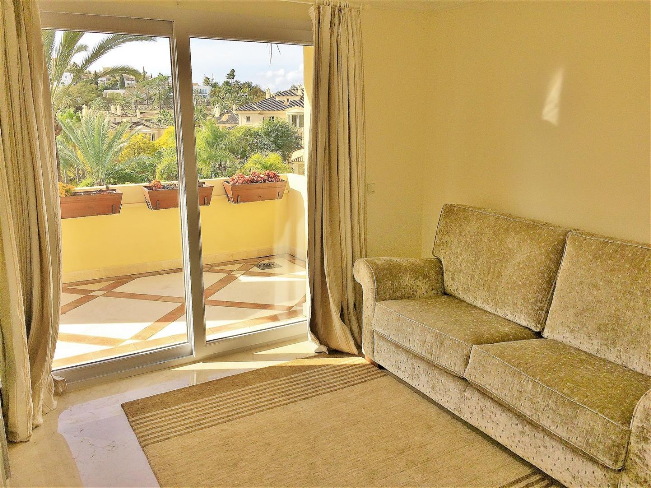 Penthouse for sale Las Alamandas Nueva Andalucia Marbella Spain (29) (Large)