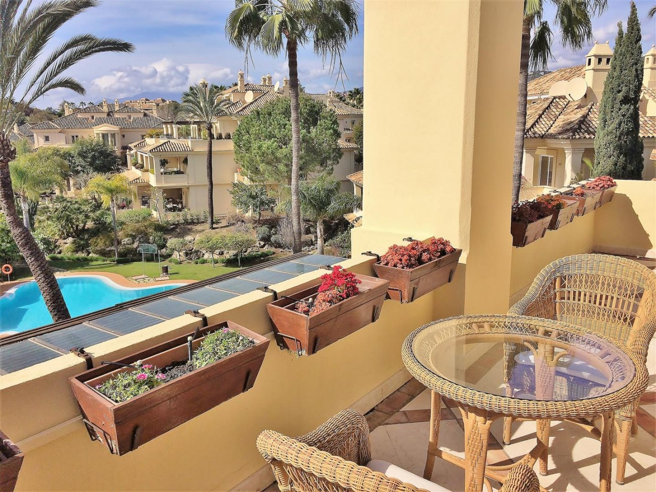 Penthouse for sale Las Alamandas Nueva Andalucia Marbella Spain (30) (Large)