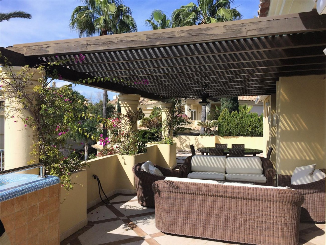 Penthouse for sale Las Alamandas Nueva Andalucia Marbella Spain (36) (Large)