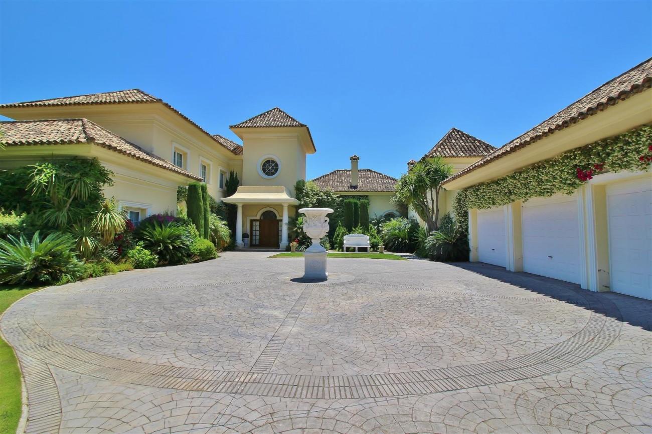 Luxury villa in Zagaleta Country CLub for rent Benahavis Spain (1) (Large)