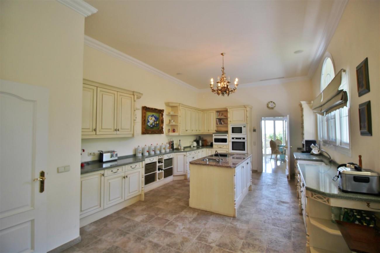 Luxury villa in Zagaleta Country CLub for rent Benahavis Spain (7) (Large)