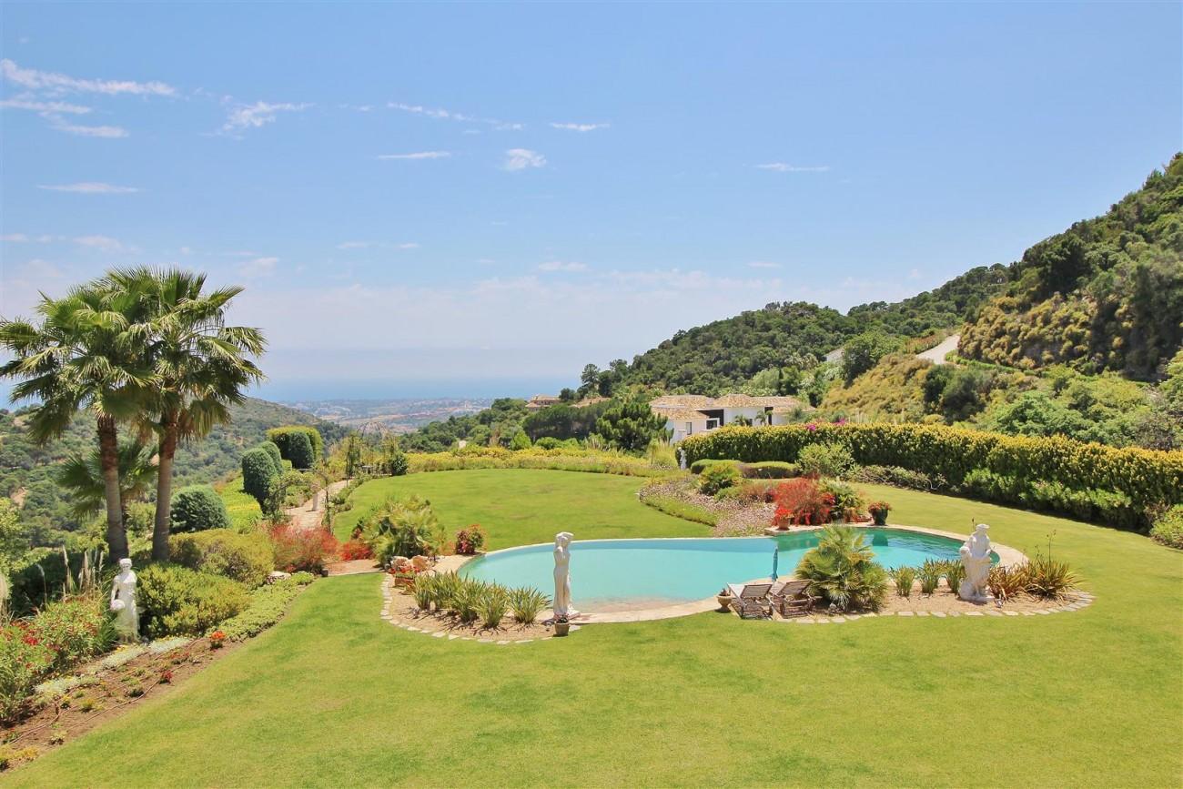 Luxury villa in Zagaleta Country CLub for rent Benahavis Spain (68) (Large)