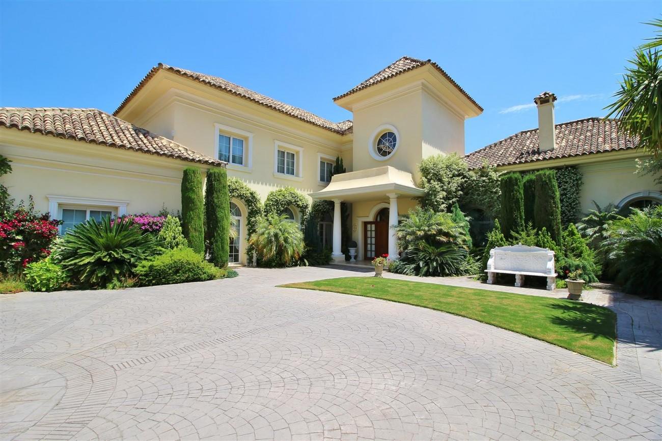 Luxury villa in Zagaleta Country CLub for rent Benahavis Spain (107) (Large)