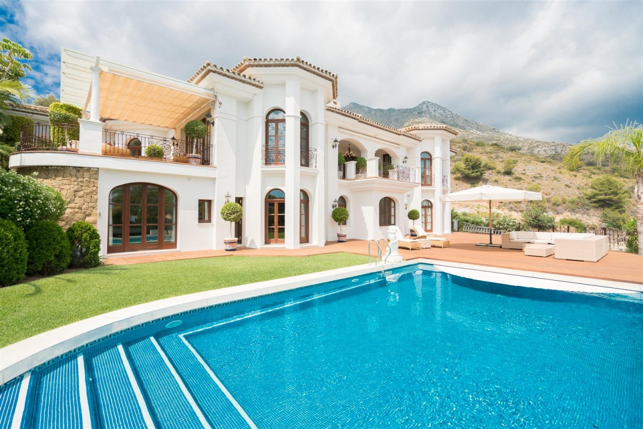 Exclusive villa for sale Sierra Blanca Marbella Spain (1) (Large)