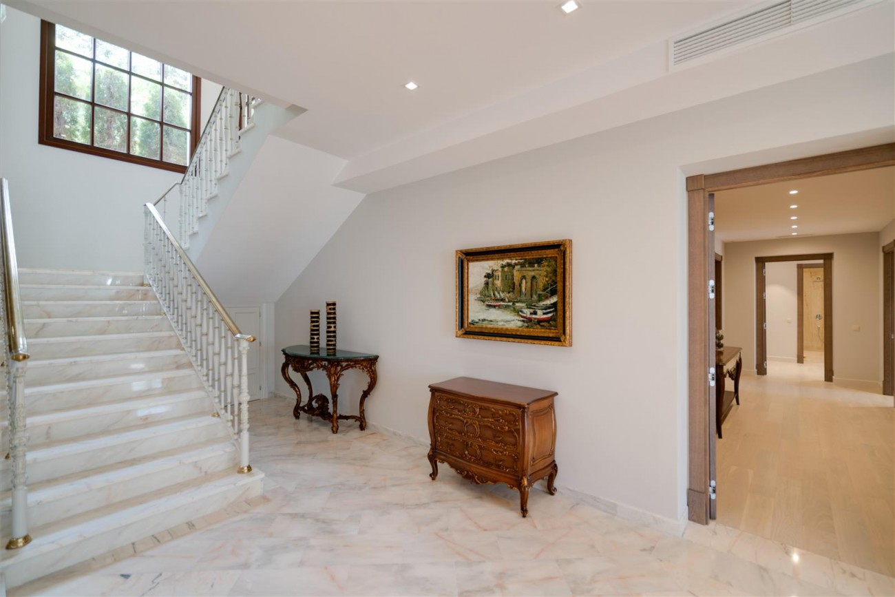 Exclusive villa for sale Sierra Blanca Marbella Spain (6) (Large)