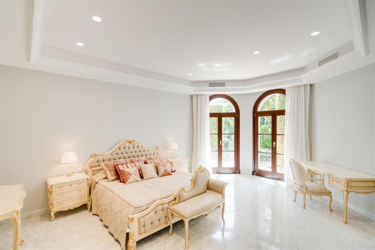 Exclusive villa for sale Sierra Blanca Marbella Spain (24) (Large)