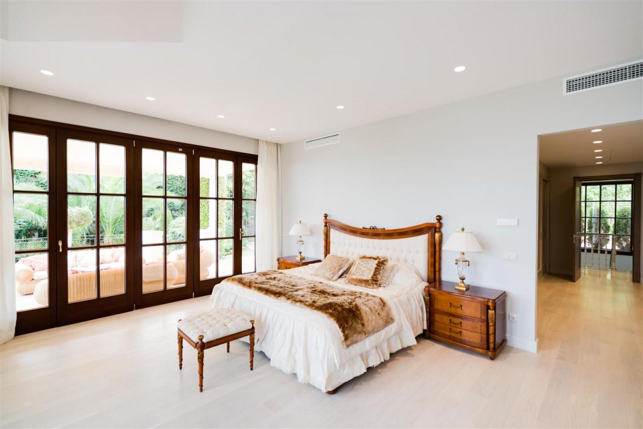 Exclusive villa for sale Sierra Blanca Marbella Spain (27) (Large)