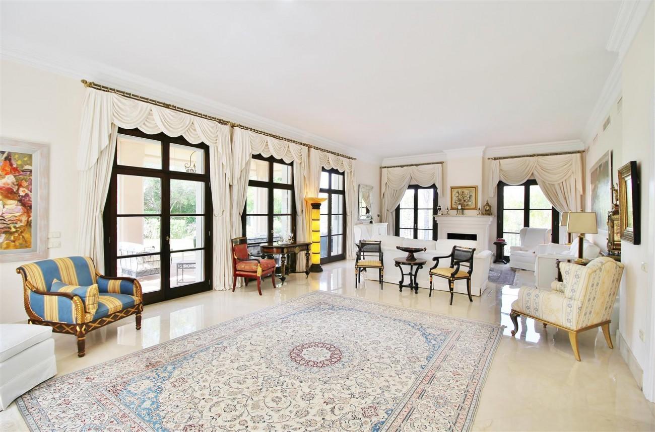 Luxury Frontline Villa for sale  Marbella East (3) (Large)