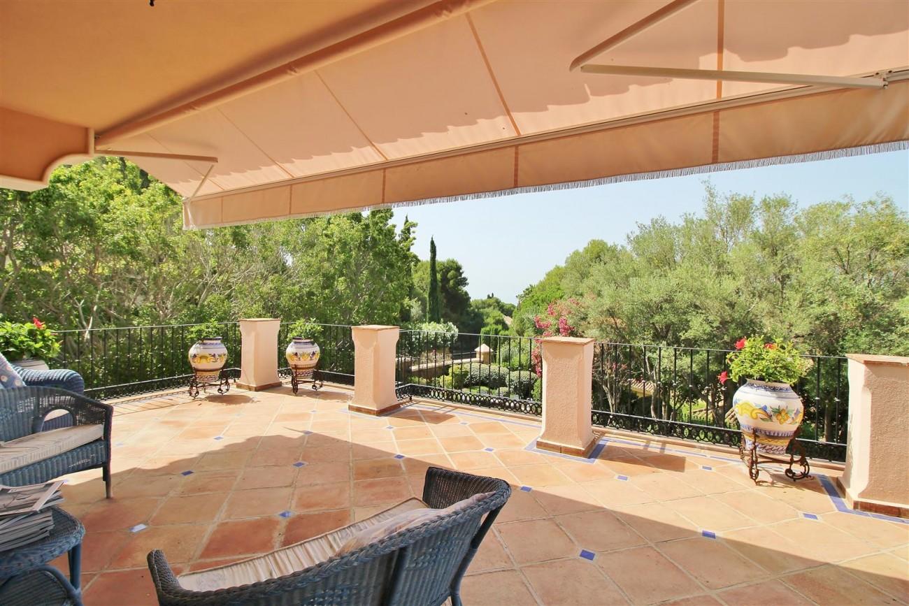 Luxury Frontline Villa for sale  Marbella East (36) (Large)