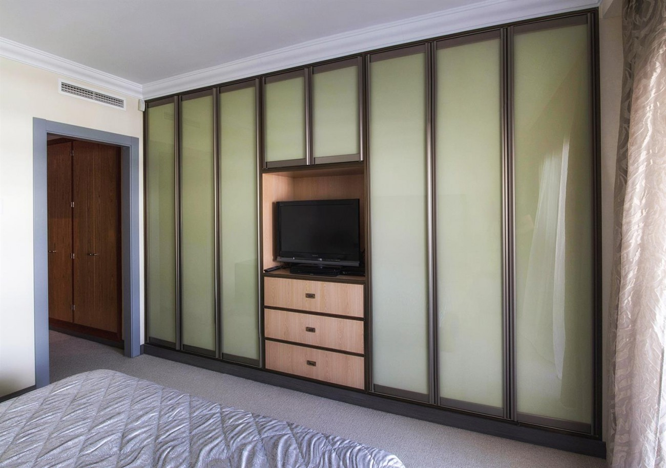 Luxury 2 bedrooms Apartment for sale Puerto Banus Marbella Spain (7) (Large)