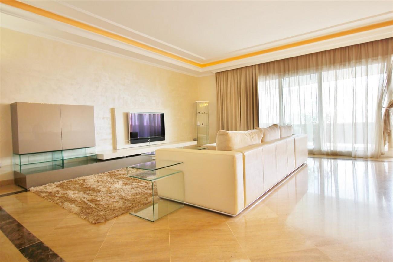 Luxury 2 Beds apartment for sale Puerto Banus Marbella Spain (3) (Large)