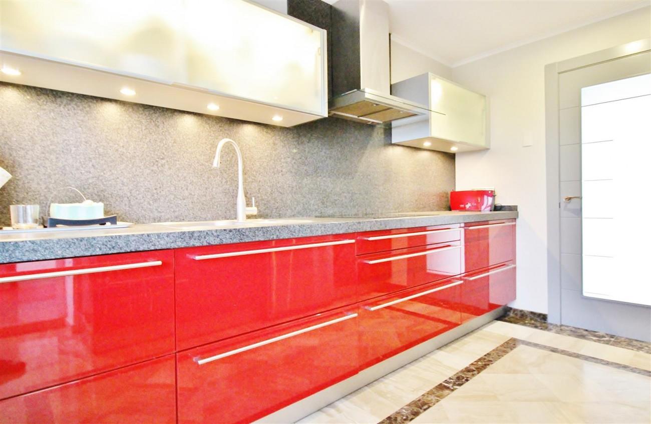 Luxury 2 Beds apartment for sale Puerto Banus Marbella Spain (6) (Large)