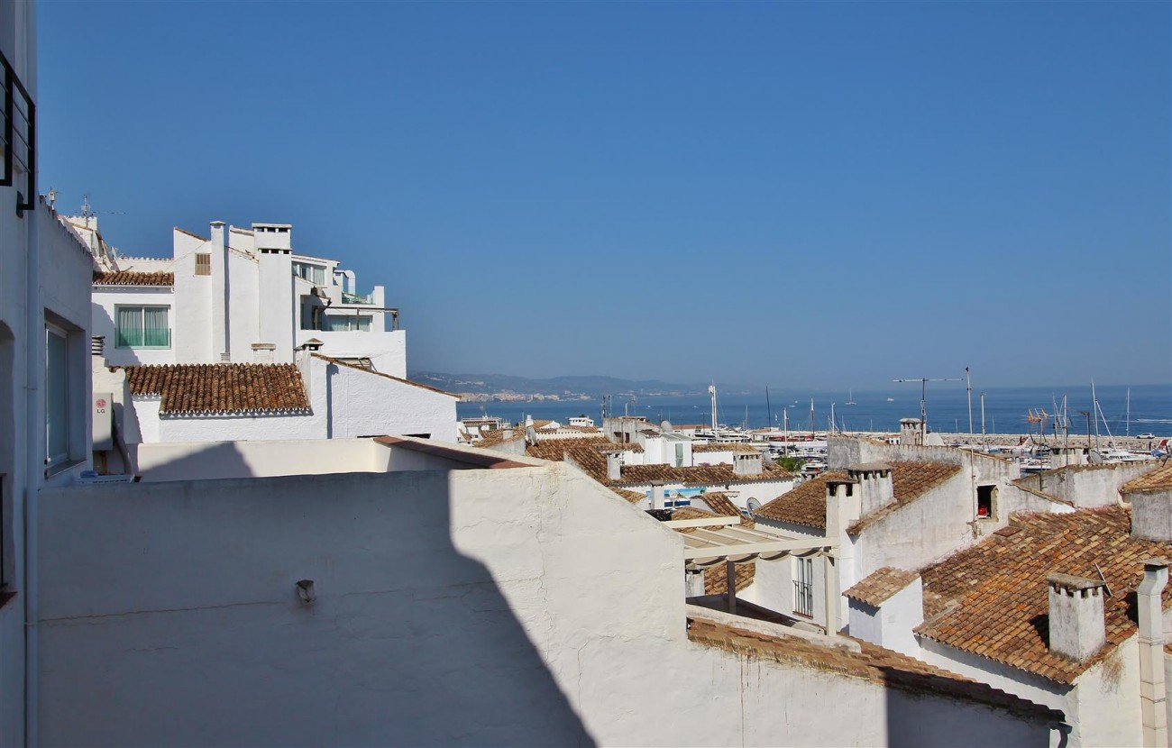 Penthouse for sale Puerto Banus Marbella Spain (33) (Large)